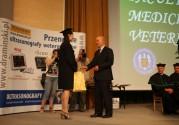 DRAMINSKI apoya a los jóvenes estudiantes de medicina veterinaria